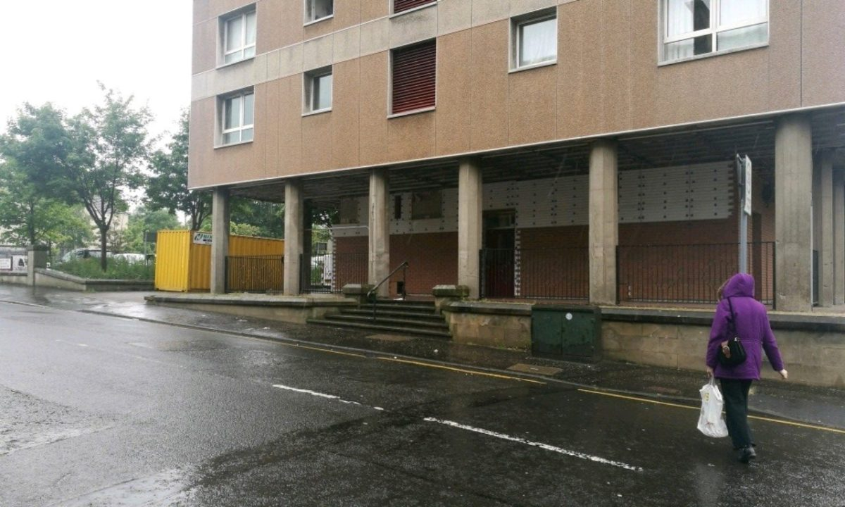 Workman repeatedly stabbed as he worked on Johnstone high rise